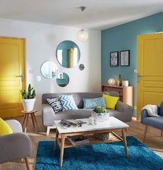 If you are looking for Summer Living Room Decor Ideas, You come to the right place. Here are the Summer Living Room Decor Ideas. Living Room Color Schemes, Living Room Grey, Home Living Room, Living Room Designs, Blue And Yellow Living Room, Apartment Living, Living Room Decor Yellow, Good Living Room Colors, Bedroom Yellow