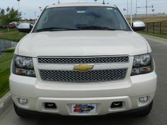 2014 Chevrolet Suburban LTZ1500 4x4 LTZ 1500 4dr SUV SUV 4 Doors White for sale in Ankeny, IA Source: http://www.usedcarsgroup.com/new-chevrolet-for-sale