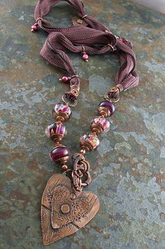 New diy jewelry boho sari silk 24 ideas Copper Jewelry, Clay Jewelry, Boho Jewelry, Jewelry Art, Beaded Jewelry, Jewelry Crafts, Jewelery, Beaded Necklace, Jewelry Design