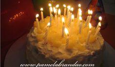 Este mês aqui em casa é o mês dos aniversários, tem um aniversário a cada semana, e com isso vou fazer um bolo a cada semana, até todo mundo enjoar...haha. Depois do bolo de chocolate do meu irmão,...