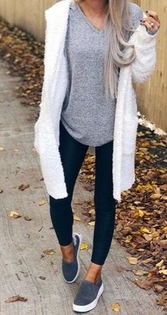 casual outfits for fall casual fall outfits Casual Winter Outfits, Casual Fall Outfits, Comfortable Fall Outfits, Comfy Casual, Mode Outfits, Fashion Outfits, Womens Fashion, Fashion Ideas, Petite Fashion