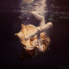 Brooke Shaden, The Chainless Links