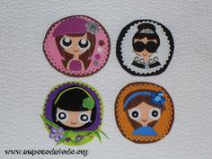 www.unpocodetodo.org - Broches de goma eva