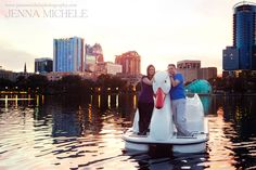 Lake Eola Park Downtown Swan engagement shoot by Jenna Michele Photography     www.jennamichelephotography.com