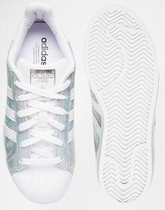 Bild 3 von adidas Originals – Superstar – Holographische Sneakers in Weiß