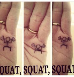 Fitness Motivation : A little fitness humour! Really Funny Memes, Stupid Funny Memes, Haha Funny, Funny Tattoos, Cute Tattoos, Hand Tattoos, Squat Motivation, Fit Girl Motivation, Daily Motivation