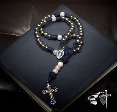 The New Immaculate Conception Paracord Rosary with Rose Quartz accent beads  #rosequartz #paracordrosaries #immaculateconception #rosary