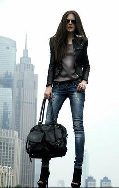sac porte main noir