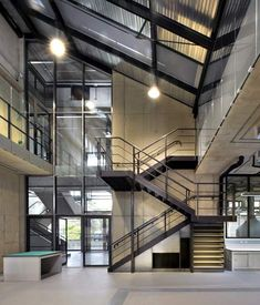 Image 5 of 37 from gallery of Dyson Building / Haworth Tompkins. Courtesy of Haworth Tompkins Industrial Stairs, Industrial Bedroom, Industrial Interiors, Interior Stairs, Office Interior Design, Office Interiors, Amazing Architecture, Interior Architecture, Lecture Theatre