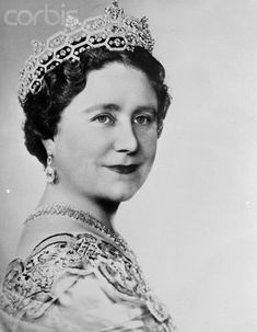 The Queen Mother wearing the Boucheron Tiara.