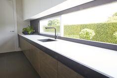 Von Sturmer - Corian, Steel and Timber. Porcelain tiles return into window Porcelain Tiles, Corian, Bathtub, Windows, Steel, Design, Standing Bath, Bath Tub, Bathtubs