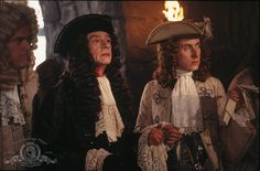 John Hurt and Tim Roth as James Graham (1st Duke of Montrose) and Archibald Cunningham in Rob Roy.