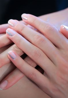 Negative space manis| @andwhatelse