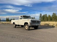 Classic Ford Trucks, Cool Trucks, Jeeps, Old Cars, American, Vehicles, Car, Jeep, Vehicle