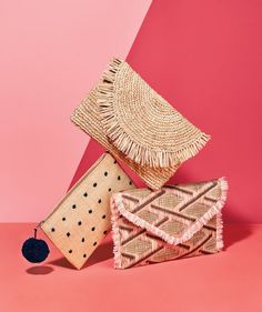 The Best Straw Bags You'll Want to Use Even When Summer Ends Fall Handbags, Straw Handbags, Handbags On Sale, Purses And Handbags, Popular Handbags, Summer Purses, Summer Bags, Fall Bags, Cheap Purses