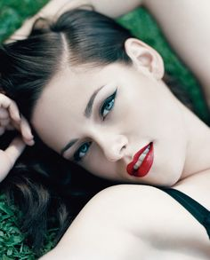 Kristen Stewart- the best she's ever looked, I think? Makeup is powerful.
