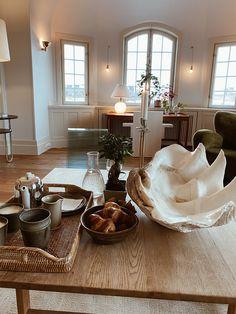 Room Interior, Interior And Exterior, Coffee Table Styling, Elsa, Interior Decorating, Interior Design, Dream Apartment, Dream Rooms, Furniture Decor