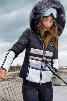 Ski Fashion, Winter Fashion, Fashion Outfits, Ski Bunnies, Ski Wear, Jackets For Women, Clothes For Women, Womens Workout Outfits, Sporty Look