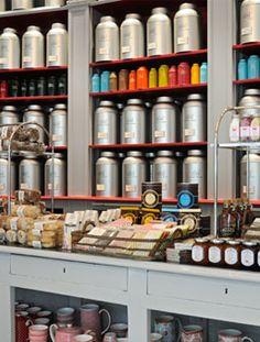 Magasin historique - Betjeman & Barton Tea Lounge, Retail Concepts, Tea Tins, Creative Decor, High Tea, Afternoon Tea, Coffee Shop, Interior Decorating, Tea Ideas