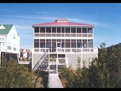 Edisto Realty - Lee's Last Stand - Beach Front Home on the St Helena Sound - Edisto Island, SC