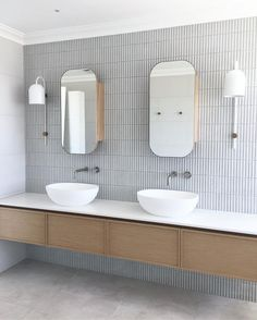 Bathroom decor for the bathroom renovation. Learn bathroom organization, bathroom decor some ideas, master bathroom tile tips, bathroom paint colors, and more. Bathroom Inspo, Bathroom Inspiration, Bathroom Ideas, Bathroom Organization, Bathroom Storage, Serene Bathroom, Bath Ideas, Restroom Ideas, Bathroom Cleaning