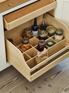 British kitchen features: built-in cabinet organizers