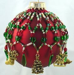Bead ornament cover with charms Beaded Christmas Decorations, Christmas Tree Baubles, Crochet Christmas Ornaments, Handmade Christmas, Christmas Crafts, Beaded Ornament Covers, Beaded Ornaments, Ornaments Design, Beading Projects