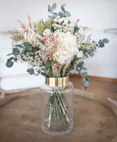 roses bouquet in vase romantic Wedding Bouquets, Wedding Flowers, Flower Bouquets, Deco Nature, Deco Floral, Real Plants, Dried Flowers, House Plants, Floral Arrangements