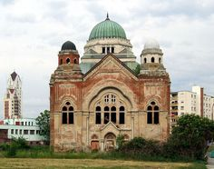 File:Synagogue in Lučenec (Losonc).jpg/Baumhorn synagogues stand in most corners of Hungary, as well as in neighboring regions of Slovakia, Romania and Serbia.(1860–1932), architect and designer of synagogues. Lipót (Leopold) Baumhorn