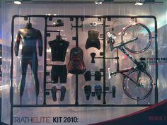 New bike shop retail window displays 50 ideas Merchandising Displays, Store Displays, Retail Displays, Fashion Retail Interior, Window Display Design, Window Displays, Bicycle Store, Retail Windows, Store Windows