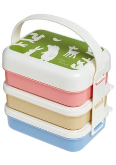 I WANT A BENTO BOX!  Though this one doesn't have enough partitions inside.