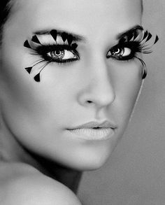Artistic make-up / Feather Lashes