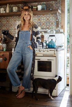 Davis Slouchy Overall | Classic denim overalls with a slouchy, oversized silhouette. Four-pocket styling and adjustable straps. Rigid, lightweight cotton fabric makes for an effortless wear.