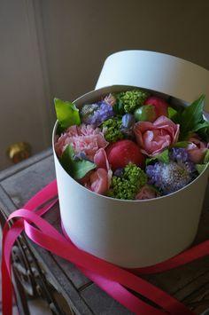 box flower; peony,rose and eustoma