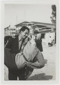 * Man Ray et Lee Miller 1930 MAN RAY : ( 1890 - 1976 ) Surrealism / Dada / Photographer : More At FOSTERGINGER @ Pinterest
