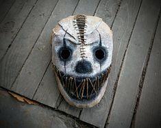 Creepy Masks, Creepy Clown, Cool Masks, Creepy Dolls, Mascaras Halloween, Halloween Masks, Scary Halloween, Halloween Halloween, Halloween Makeup