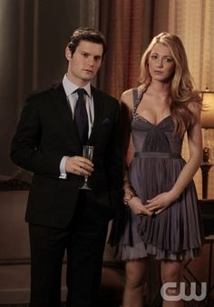 """what a dress!...""""The Princesses And The Frog"""" Pictured (L-R)  Hugo Becker as Louis and Blake Lively as Serena Van Der Woodsen in Gossip Girl on THE CW. PHOTO CREDIT:  GIOVANNI RUFINO/ THE CW ©2011 The CW Network, LLC. All Rights Reserved"""