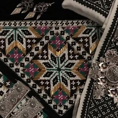 Images about #vinterbunadhardanger on Instagram Hardanger Embroidery, Couture, Bohemian Rug, Needlework, Folk, Cross Stitch, Quilts, Photo And Video, Beads