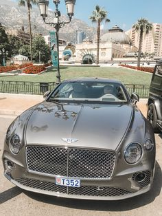 Bentley in Monaco - Everything About Cars Bentley Auto, Bentley Motors, Luxury Sports Cars, Best Luxury Cars, Monte Carlo, Monaco, Yamaha Xjr, Sesto Elemento, Triumph Street Triple