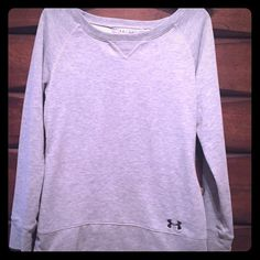 Under Armour Sweatshirt Semi-fitted UA Sweathshirt. It has been worn a handful of times, but still in perfect condition! Under Armour Tops Sweatshirts & Hoodies