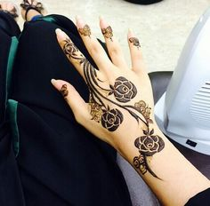 Rose henna https://www.facebook.com/nikhaarfashions #temporary #tattoo #summer…