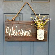 Aufhängung Seil projects diy signs front porches Rustic country home decor front porch welcome sign, spring decor for front porch, outdoor signs welcome, customizable gifts home wood signs Mason Jar Vases, Mason Jar Crafts, Porch Welcome Sign, Welcome Decor, Front Door Signs, Front Doors, Porch Signs, Wood Signs For Home, Ideias Diy
