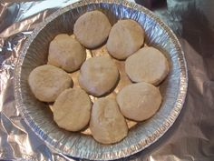 This technique for making campfire biscuits is as simple as it is ingenious! And they come out PERFECT!