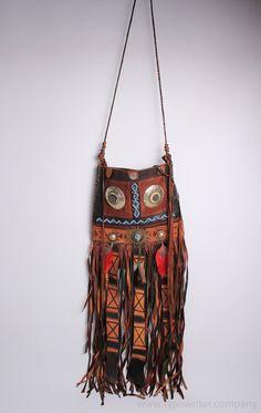 Única BOHO Vintage bolso - bolso de cuero franja vintage - cuero marrón - cuero marrón - hippie bandolera bolso de ElGranero en Etsy https://www.etsy.com/es/listing/287891979/unica-boho-vintage-bolso-bolso-de-cuero