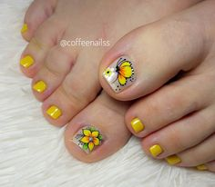 Olaf Nails, Toe Nails, Mani Pedi, Manicure, Beach Nails, Toe Nail Designs, Yellow Nails, Nail Art, Nail Art Flowers
