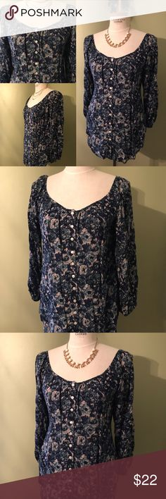 LUCKY BRAND 🍀 Blue Floral Top Small 🌺 Lucky Brand beautiful floral flowing top. Buttons down the front, deep neckline that can be off the shoulder depending how you wear it. Super comfortable, great with skinny jeans and boots or leggings! ⚡️offers welcome⚡️ Lucky Brand Tops Tunics