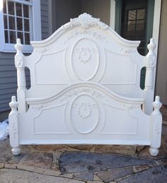 King size/queen size white painted shabby chic bed