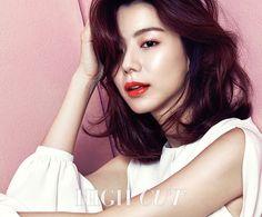 Park Soo Jin High Cut. Vol. 164 Magazine 2015 Photos