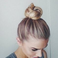 love a simple top knot!