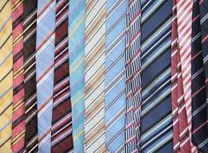 ¿Cómo combino las corbatas con la ropa de hombre